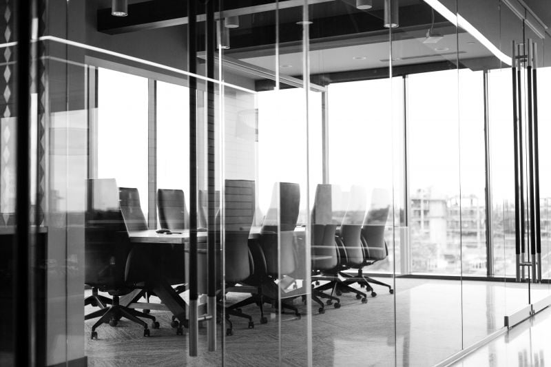 Kokoustilat ovat yksi tärkeä seikka, mikä kannattaa huomioida toimistotilojen vuokrauksessa
